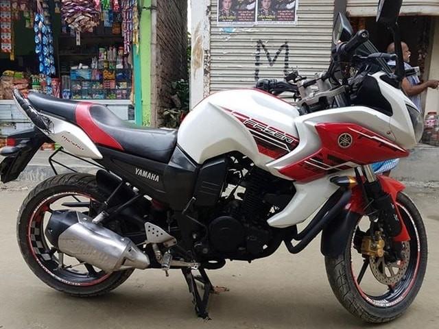 Yamaha Fazer 2015