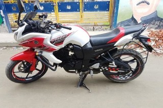 Yamaha Fazer 2015